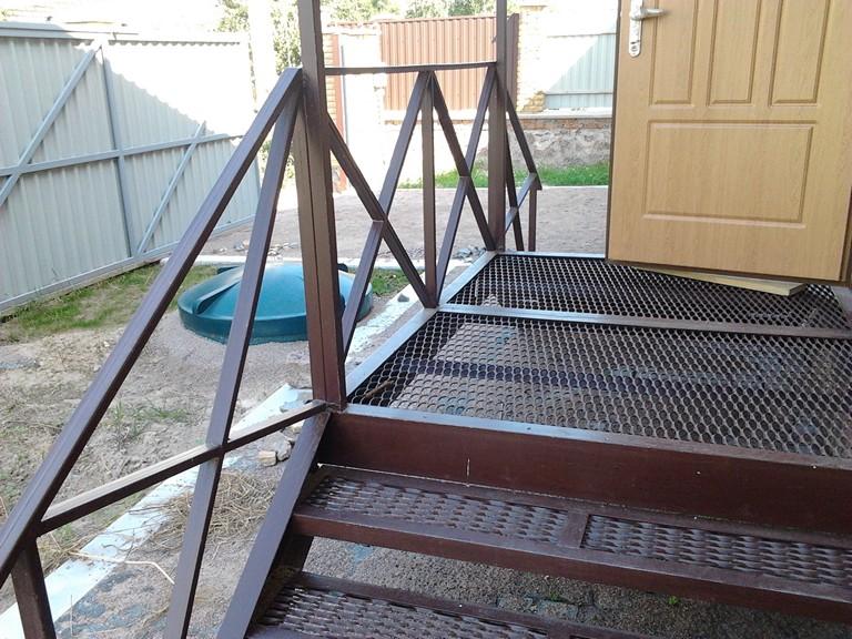 Лестница для террасы из металла своими руками 100